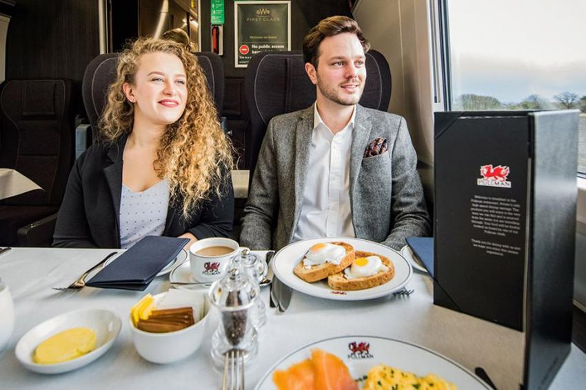 Pullman dining on GWR train