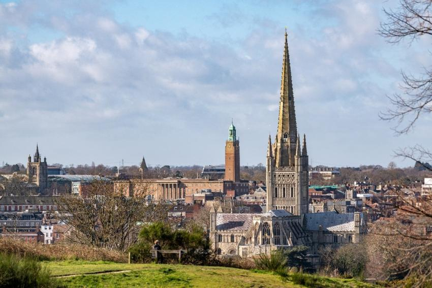 Norwich Cathedral and skyline scenic days out by rail