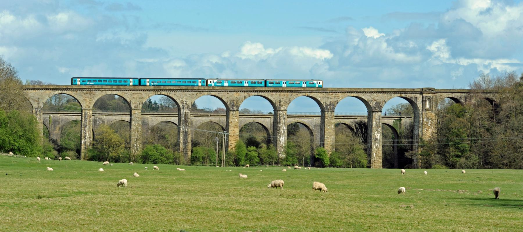Train travelling along the Chirk Viaduct on the Chester to Shrewsbury line