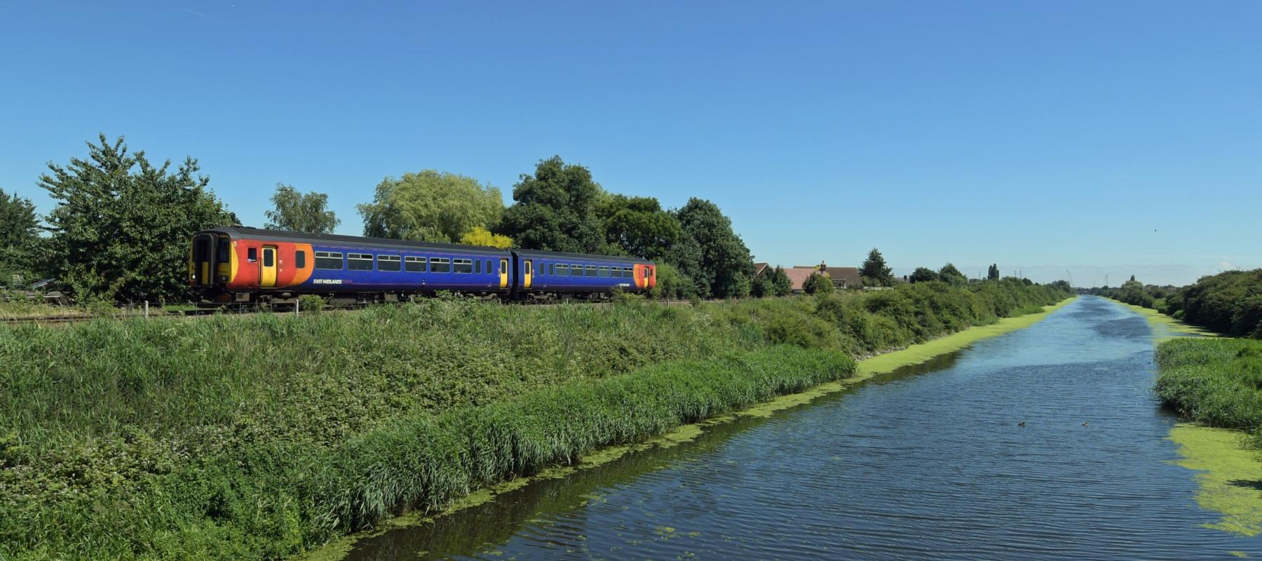 East Midlands train travelling along the Poacher line