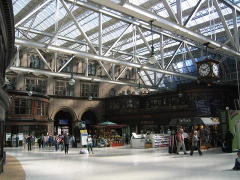 Glasgow Central. By Edward at English Wikipedia - Transferred from en.wikipedia to Commons Public Domain