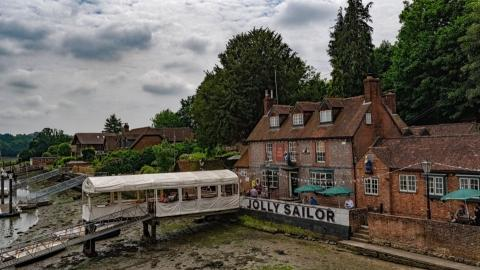 Jolly Sailor Bursledon, aprt of the real ale trail