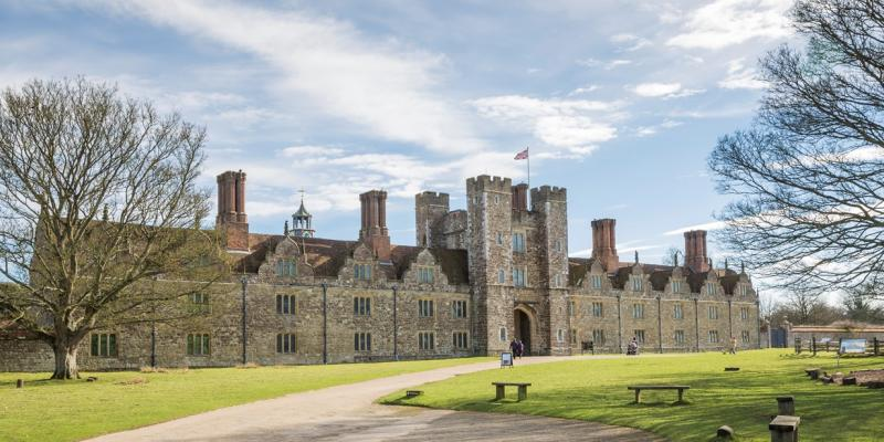 National Trust Knole, Sevenoaks along the Darent Valley Line