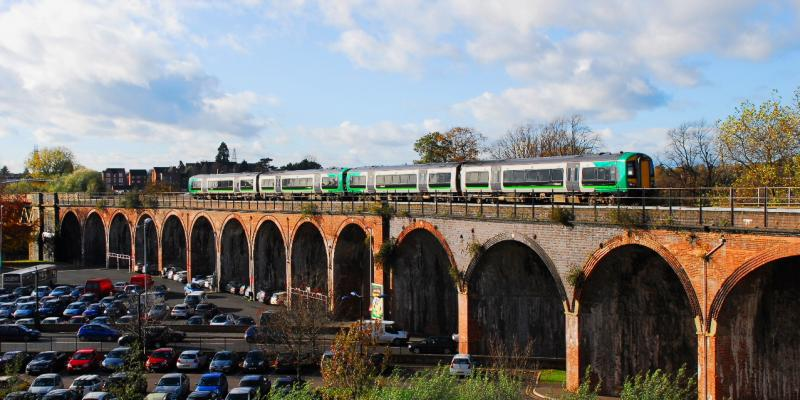 Worcester Viaduct along the Cotswold Line.