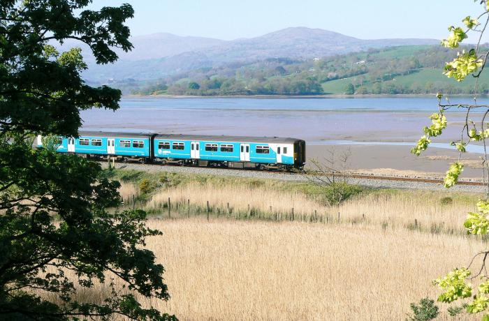 Train on the Conwy Valley Line